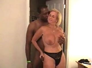 Mature Real Wife Enjoys Big Blac...