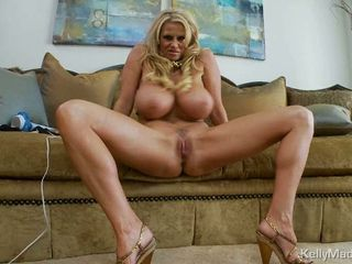 Sexy Milf Kelly Madison is ho...