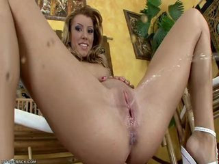 Hot Babe Squirts