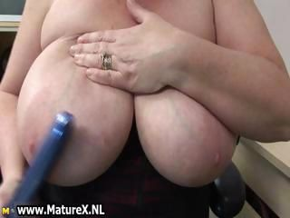 BBW mature housewife with huge part6
