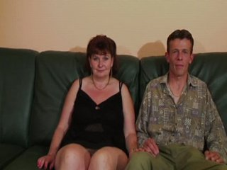 Mature French Woman Enjoying Some Dp And Fisting