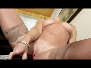 Beauty Mature Cums in her...