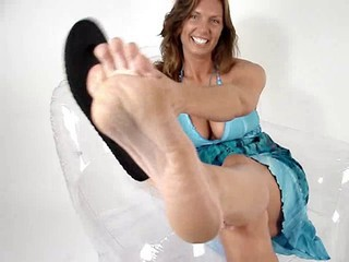 Big Tits Brunette Feet Fetish MILF Pornstar