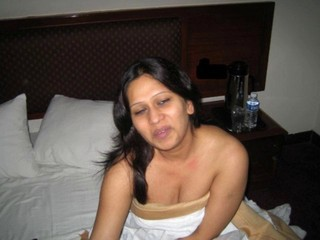 Indian Hot Bhabi Girl Nude