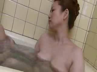 Amateur Bathroom Japanese Mom Small Tits