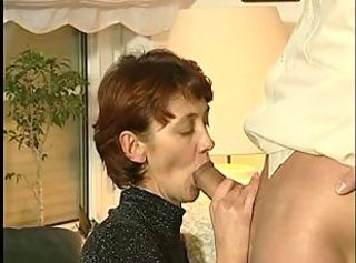 Pretty Wife Sucks ! _: facials matures milfs