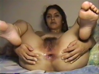 Amateur Hairy Homemade Indian Pussy Wife