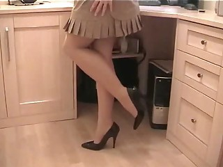 Pantyhose Secretary - Mature sex video -