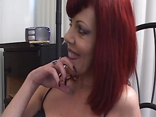 Mature mother seduces the young girl - snake