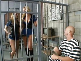 Brianna & Phoenix - Jail nail time