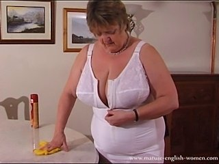 Mature English Amateur BBW Granny