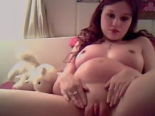 Pregnant Redhead Bates on Cam