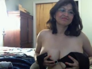 Big Tits Glasses Mature Natural Webcam