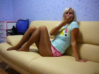 Pantyhosed girl