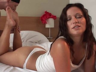 denny footjob vulgar dark haired bombshell girl with sole cum paste