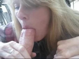 Amateur milf blowjob and swallow