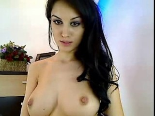 Amazing Brunette Cute Natural Teen Turkish Webcam