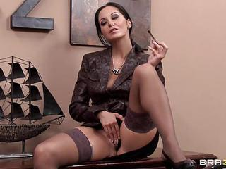 Horny Ava Addams Gives Her Dripp...