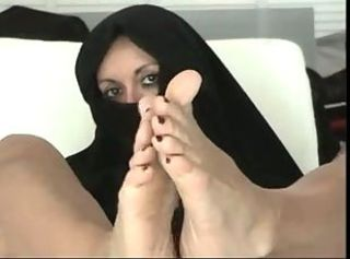 Arab husband indulges _: amateur arab