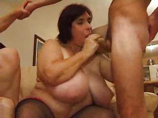 Fat Mature Chicks Orgy With Youn...