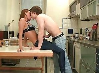 Amateur Kissing Kitchen Sister Teen