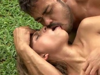 Anal Babe Hardcore Kissing Outdoor Pornstar
