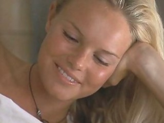 Breathtaking Kate Bosworth In Really Sexy Scenes from 'Blue Crush'