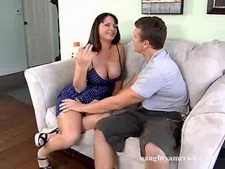 Seduced By A Cougar - Wendy Divine thick