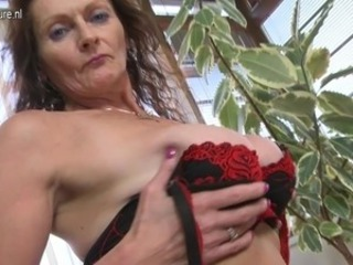Horny huge tited mature nymph having wet and crazy