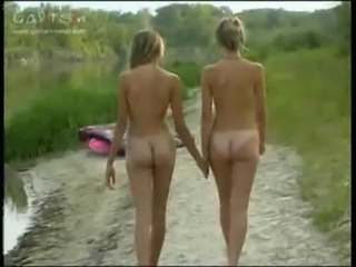 Amateur Ass Lesbian Nudist Outdoor Teen