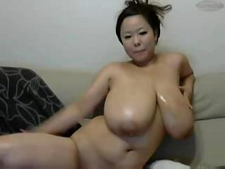 Amazing Asian Big Tits Chubby MILF Natural SaggyTits Solo Webcam