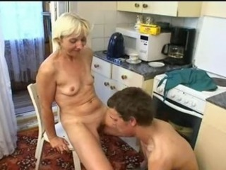 Amateur Kitchen Mature Mom Old and Young