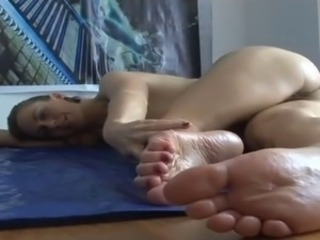 European Feet Teen