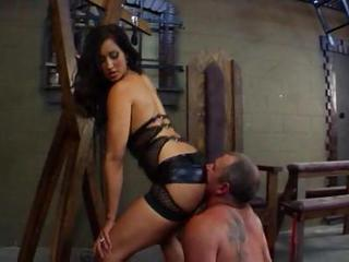 Kinky Isis Love Gets Her Toes Licked And Her Ass Rimmed By Her Lover