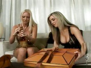 Nasty Blonde Dykes Muff Diving