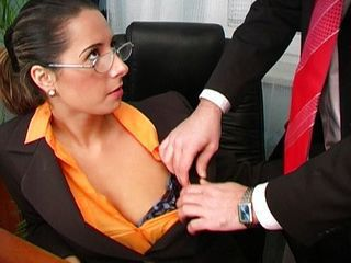 Sexy Daria Glower office fuck is great