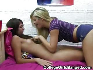 College Girls Playing Together Naked In Dorm Room