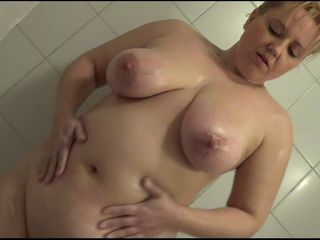 BlondSkyAngels ShowerShow
