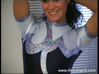 Young ballerina samantha bending her sweet body to the limit !