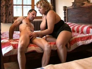 Massive tits blonde bbw opens hungry mouth for muscled hunk cock