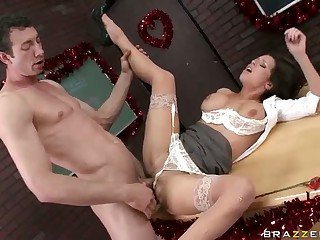 Unsatisfied Big Racked Teacher Veronica Avluv