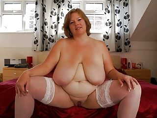BBW Big Tits MILF Natural SaggyTits Stockings