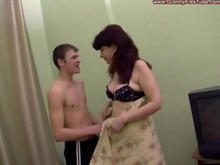 Mature mother fucked by dude