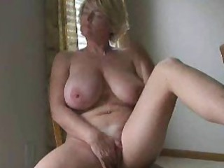 Amateur Big Tits Masturbating Mature Natural Solo