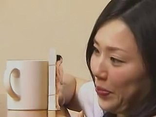Giant Japanese Woman Gives Head to a Tiny Man - xHamster.com
