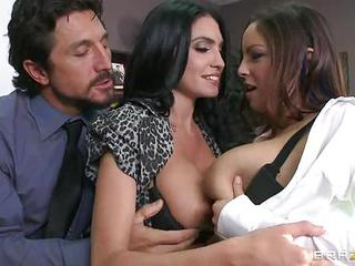 Sexy Emmanuelle London & Danni Cole Have Awesome Tits