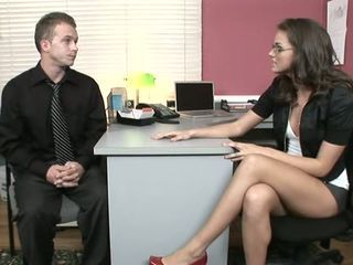 Office slut Tori Black fucks ...