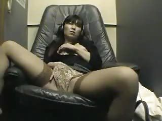 VDJ 10 part 1 - Japanese girl masturbating in video room - voyeur hidden spycam