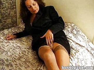 Amateur Chubby Masturbating Mature Stockings