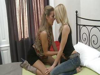 Sexy Lesbo Bitch Blue Angel In H...